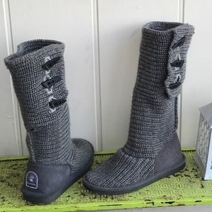 Bearpaw knee high adjustable grey knit boots size7
